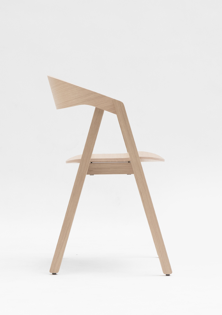 Nardo chair 01